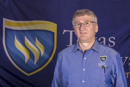 Dennis Miles joins TXWES library staff