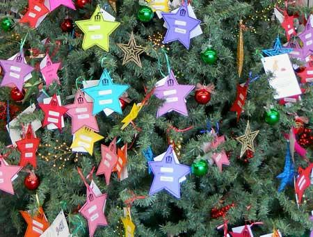 Help local seniors with West Library's Meals on Wheels Christmas tree